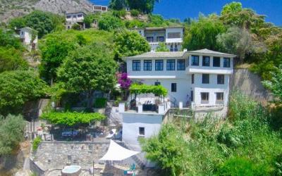Unique villa with fantastic sea and mountain views