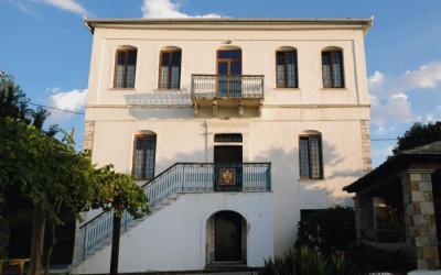 Αριστοκρατικό αρχοντικό με καταπληκτική θέα στο Αιγαίο