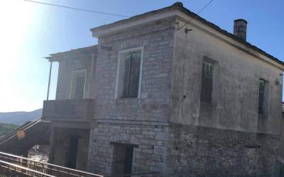 3-storey stone house in Neochori with sea view