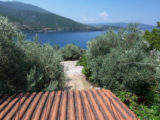 2 Εξοχικά σπίτια με πανοραμική θέα θάλασσας στον Μαραθιά