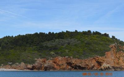 Παραθαλάσσιο κτήμα με καταπληκτική θέα Αιγαίου
