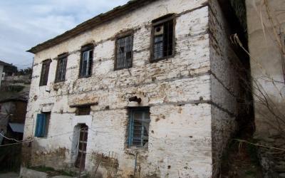 Παραδοσιακό πέτρινο αρχοντικό ζητά νέο άρχοντα – Αφέτες